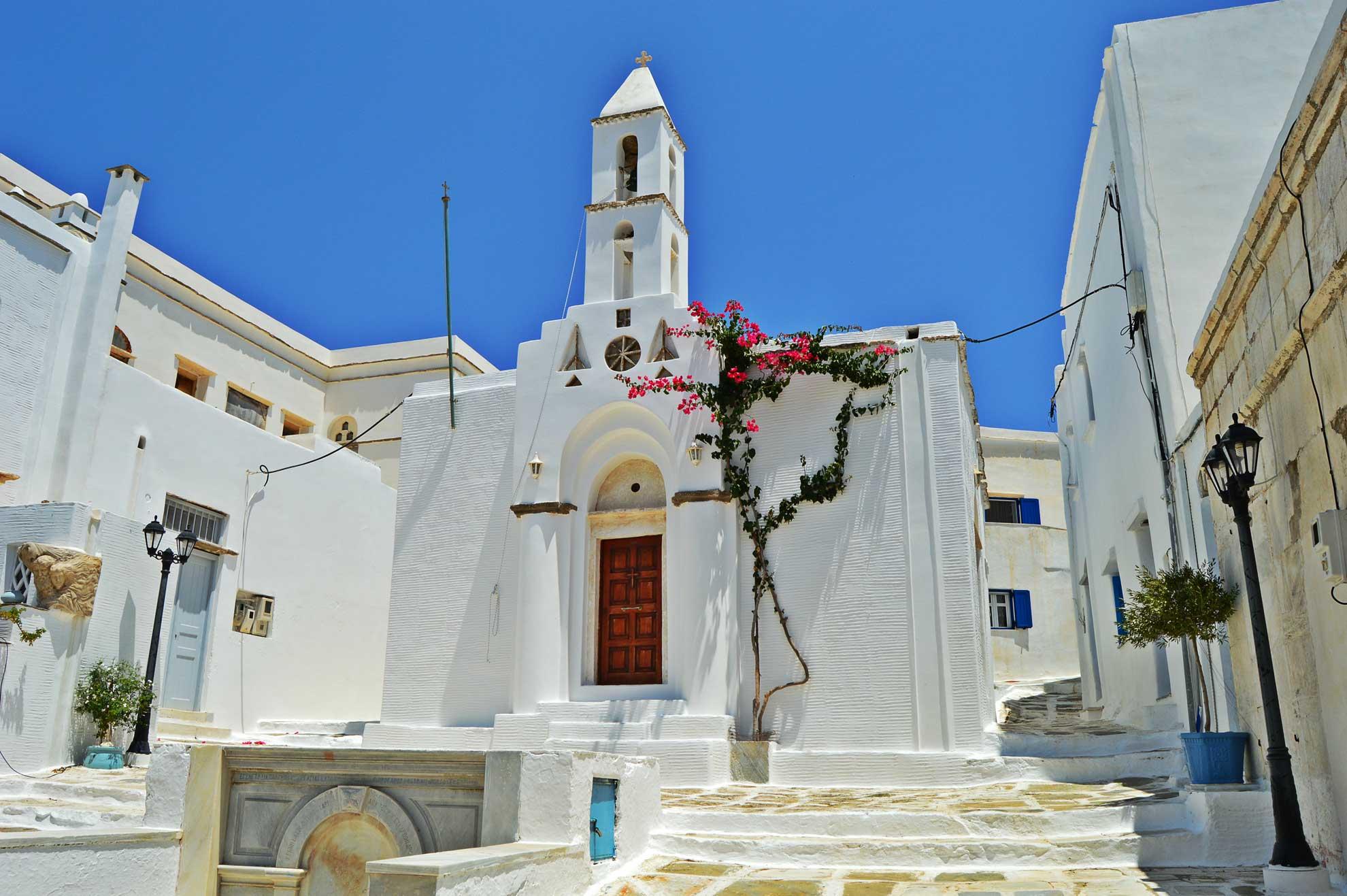Castria Studios Traditional Church