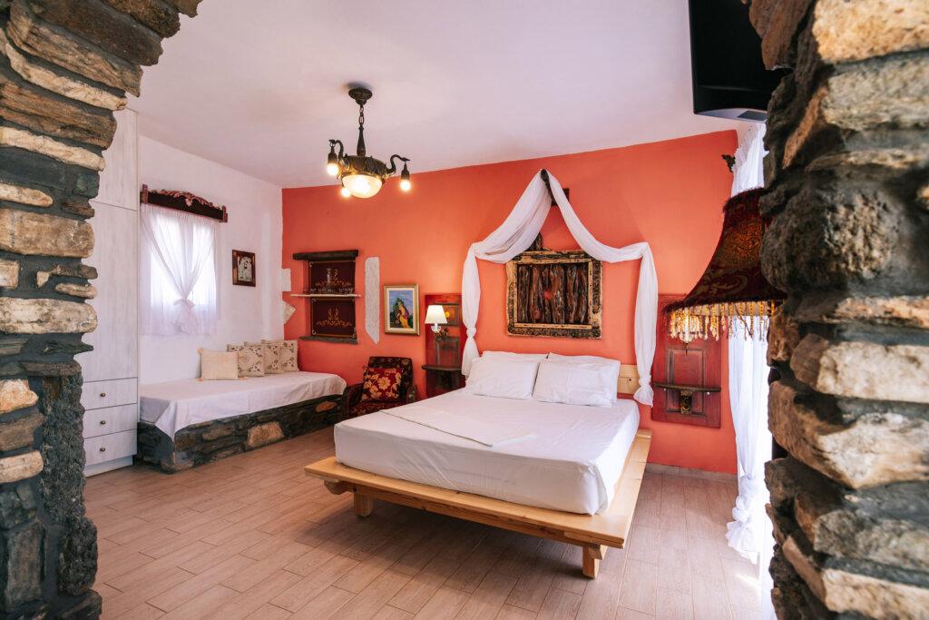 Castria studios red bedroom | castriastudios.com